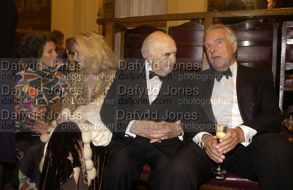Lady Owen, Lady Weidenfeld, LORD WEIDENFELD AND LORD OWEN, The Man Booker prize 2005. the Guildhall.   October 10 2005. ONE TIME USE ONLY - DO NOT ARCHIVE © Copyright Photograph by Dafydd Jones 66 Stockwell Park Rd. London SW9 0DA Tel 020 7733 0108 www.dafjones.com