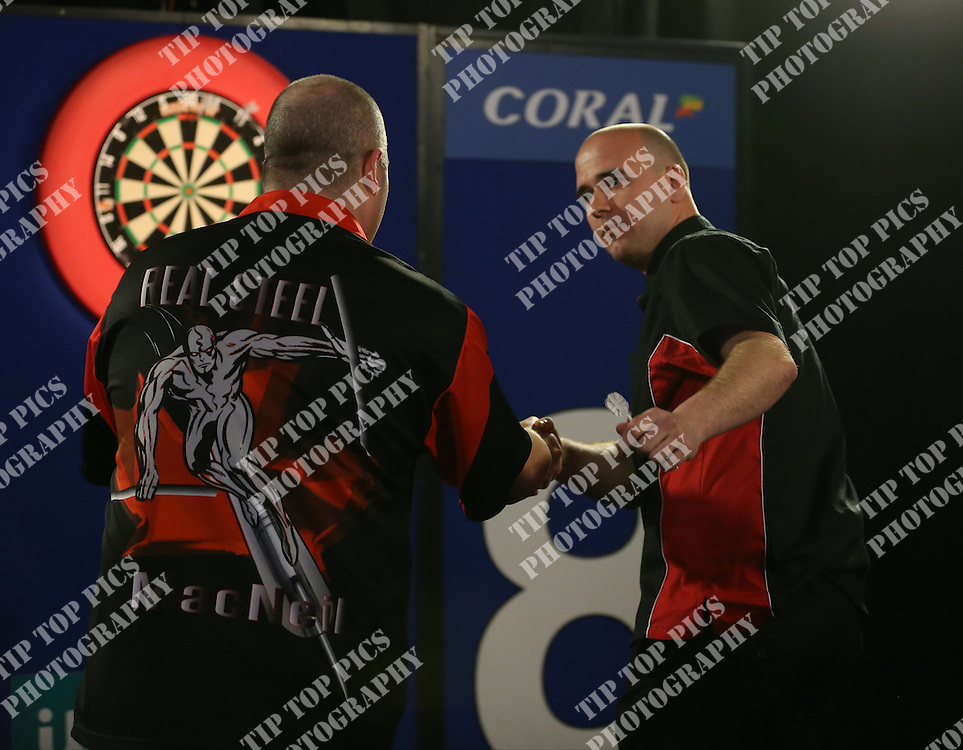 PDC UK OPEN MINEHEAD 2016, PDC, DARTS, TIP TOP PICS, PHOTO CHRIS SARGEANT, ROB CROSS, KEN MACNEIL