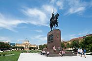 King Tomislav statue, by Robert Frangeš Mihanović, with the Art Pavillion in the background, Zagreb, Croatia © Rudolf Abraham
