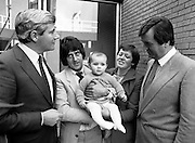 The winner of the annual Heinz Baby of the Year Competition, with her proud parents, outside Jury's Hotel, Ballsbridge, Dublin.<br /> 27 October 1981