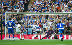 LONDON, ENGLAND - Saturday, May 30, 2011: Swansea City's Scott Sinclair scores the first goal against past Reading's goalkeeper Adam Federici from the penalty spot during the Football League Championship Play-Off Final match at Wembley Stadium. (Photo by David Rawcliffe/Propaganda)