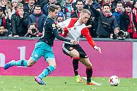 ROTTERDAM - Feyenoord - PSV , Voetbal , Eredivisie , Seizoen 2016/2017 , De Kuip , 26-02-2017 ,  PSV speler Marco van Ginkel (l) in duel met Feyenoord speler Nicolai Jorgensen (r)