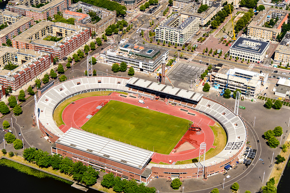 Nederland, Noord-Holland, Amsterdam-Zuid, 29-06-2018; Stadionbuurt met Olympisch stadion, nieuwbouw op het Stadionplein.<br /> Olympic Stadium and Stadium neighborhood.<br /> <br /> luchtfoto (toeslag op standard tarieven);<br /> aerial photo (additional fee required);<br /> copyright foto/photo Siebe Swart