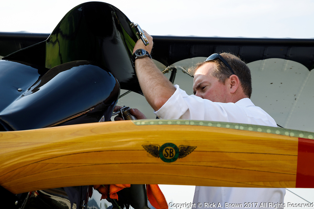 Oiling the valves on the Swallow at 2017 Hood River Fly-In.