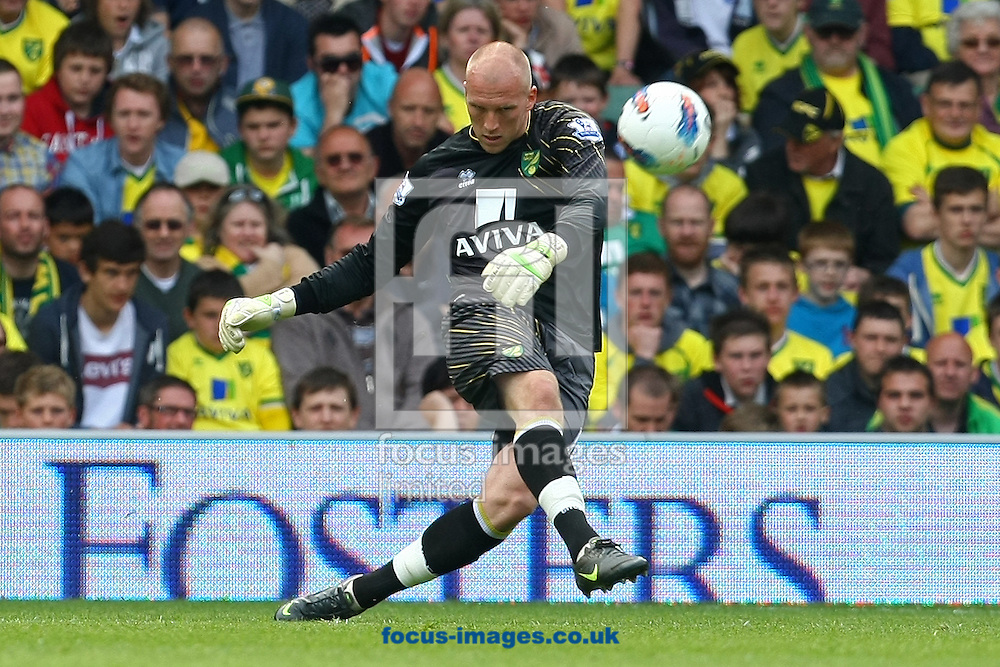 Picture by Paul Chesterton/Focus Images Ltd.  07904 640267.13/05/12.John Ruddy of Norwich in action during the Barclays Premier League match at Carrow Road Stadium, Norwich.