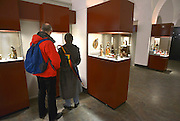 Nederland, Heilig Landstichting, 18-12-2012Museumpark Orientalis bij Nijmegen. Jaarlijks wordt rond kerstmis een grote tentoonstelling gehouden met kerststalletjes, kerststallen, uit alle windstreken uit de collectie Elizabeth Houtzager. Voorheen heette dit het Bijbels Openluchtmuseum, maar zes jaar geleden trok de katholieke kerk zich terug als geldschieter voor het museum omdat de toenmalige directie ook aandacht wilde besteden aan andere godsdiensten, met name de Islam. Hiervoor werd een arabisch dorp gebouwd met een moskee.Het museum wordt is zijn bestaan bedreigd door geldgebrek en een chronisch exploitatietekort. De kans is groot dat het komend jaar gesloten zal worden.Foto: Flip Franssen/Hollandse Hoogte