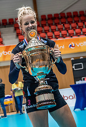 02-10-2016 NED: Supercup VC Sneek - Eurosped, Doetinchem<br /> Eurosped wint de Supercup door Sneek met 3-0 te verslaan / Judith Kamphuis #3 of Eurosped