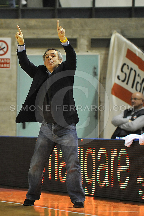 Udine, 19/12/2010..PalaCarnera. Campionato di Basket LegaDue 2010/11.  Regular Season. .Snaidero Udine vs Fastweb Casale Monferrato..Nella foto: Marco Crespi, Coach Casale Monferrato..Foto di Simone Ferraro