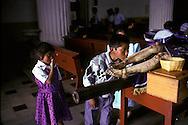 = Easter in San Cristobal Las cases;procession   Chiapas  Mexico     /// P,ques a San Cristobal Las cases; chemin de croix  Chiapas  Mexique  +