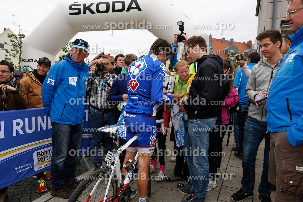 30.05.2014, Neusaess, GER, 35. Bayern Rundfahrt, 3. Etappe, Grassau - Neusaess, im Bild Thibaut Pinot (FRA, Team FDJ.fr), Fuehrender in der Nachwuchs - Wertung, schreibt Autogramme // the 3rd stage of the 35th Tour of Bavaria from Grassau to Neusaess Neusaess, Germany on 2014/05/30. EXPA Pictures &copy; 2014, PhotoCredit: EXPA/ Eibner-Pressefoto/ Krieger<br /> <br /> *****ATTENTION - OUT of GER*****