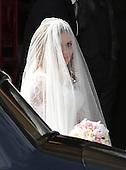 Gerri Halliwell Wedding arrivals