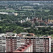 Nella foto:  area a nord della tangenziale.. Reportage fotografico aereo di bassa quota per l'importante progetto di trasformazione urbana Variante n. 200 al P.R.G. inerente la Linea 2 Metropolitana e Quadrante Nord-Est di Torino: Barriera di Milano, Rebaudengo, Falchera, Regio Parco, Barca e Bertolla.