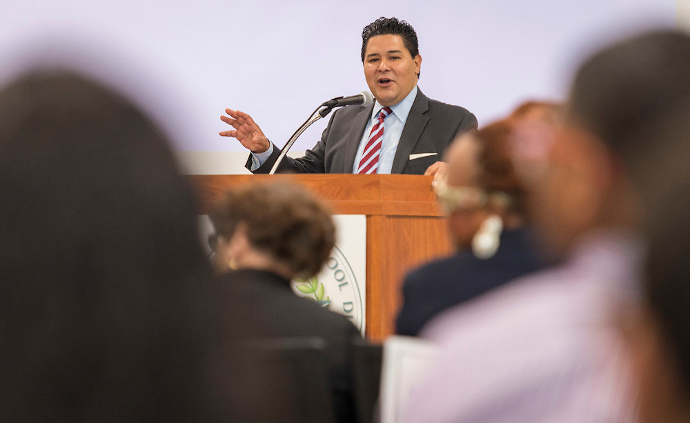 Houston ISD superintendent Richard Carranza comments during a ribbon cutting ceremony at South Early College High School, October 8, 2016.