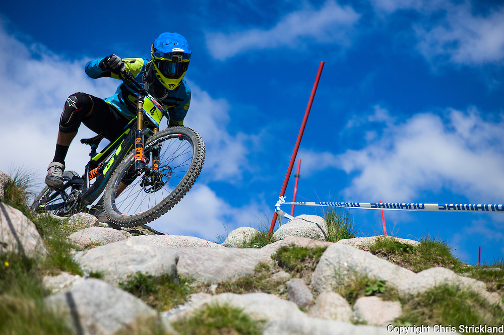 Nevis Range, Fort William, Scotland, UK. 3rd June 2016. Jackson Frew of Australia in action. The worlds leading mountain bikers descend on Fort William for the UCI World Cup on Nevis Range.