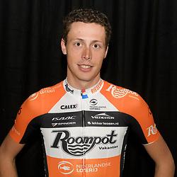 06-01-2017: Wielrennen: Presentatie Team Roompot: Rotterdam<br /> presentatie Team Roompot: Oscar Riesebeek: <br /> 6 daagse Rotterdam 2017