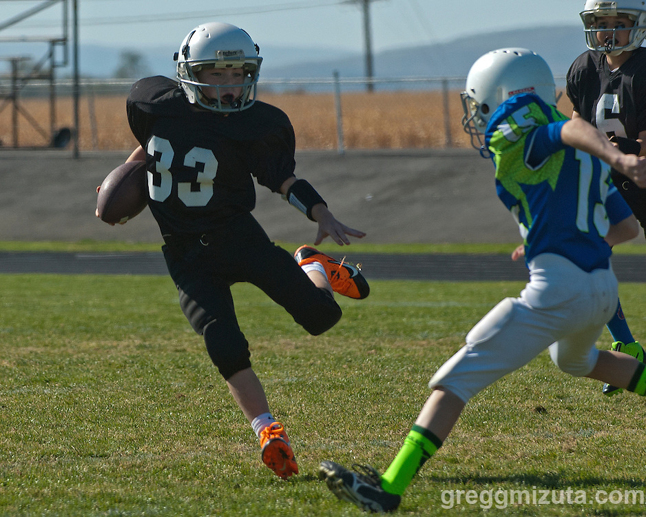 Vale LaGrande youth football game October 19, 2013 at Vale High School, Vale, Oregon LaGrande won the game 32-7.