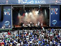 GEPA-2206085504 - BASEL,SCHWEIZ,22.JUN.08 - FUSSBALL - UEFA Europameisterschaft, EURO 2008, Host City Fan Zone, Fanmeile, Fan Meile, Public Viewing. Bild zeigt Fans.<br />Foto: GEPA pictures/ Andreas Pranter