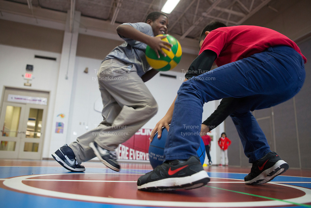 Playworks<br /> <br /> <br /> Cummings Elementary School<br /> 10455 S Kirkwood Rd, Houston, TX 77099<br /> <br /> 3rd Grade in gym<br /> Class Grade Time<br /> only one student has RWJF release #2031<br /> <br /> 3rd Grade in gym<br /> Class Grade Time<br /> only one student has RWJF release #2031