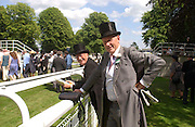 Michael White and Rupert Lycett-Green, Ascot, Tuesday 15 June 2004. ONE TIME USE ONLY - DO NOT ARCHIVE  © Copyright Photograph by Dafydd Jones 66 Stockwell Park Rd. London SW9 0DA Tel 020 7733 0108 www.dafjones.com