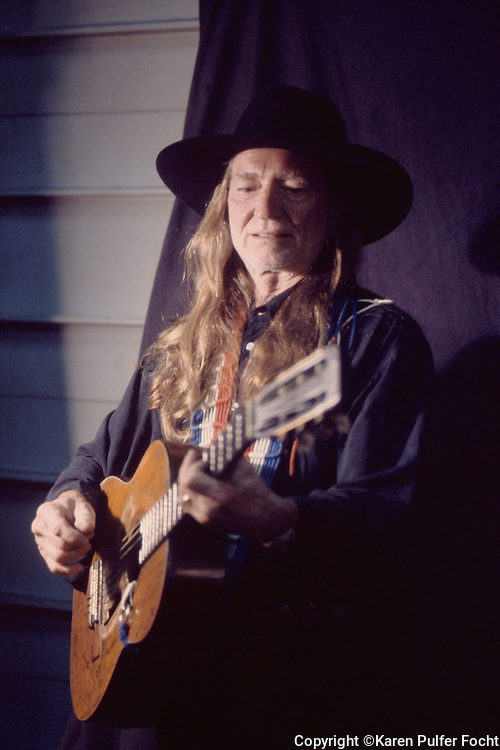 Singer songwriter and country music performer Willie Nelson in Memphis Tennessee in the 1990's. © Karen Pulfer Focht-ALL RIGHTS RESERVED-NOT FOR USE WITHOUT WRITTEN PERMISSION