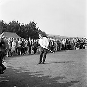 Christy O'Connor, winner of the Tournament, chipping at the 11th green during the final round of the Irish Dunlop £1,000 Tournament at Tramore Golf Club, Co. Waterford on the 19th August 1967.