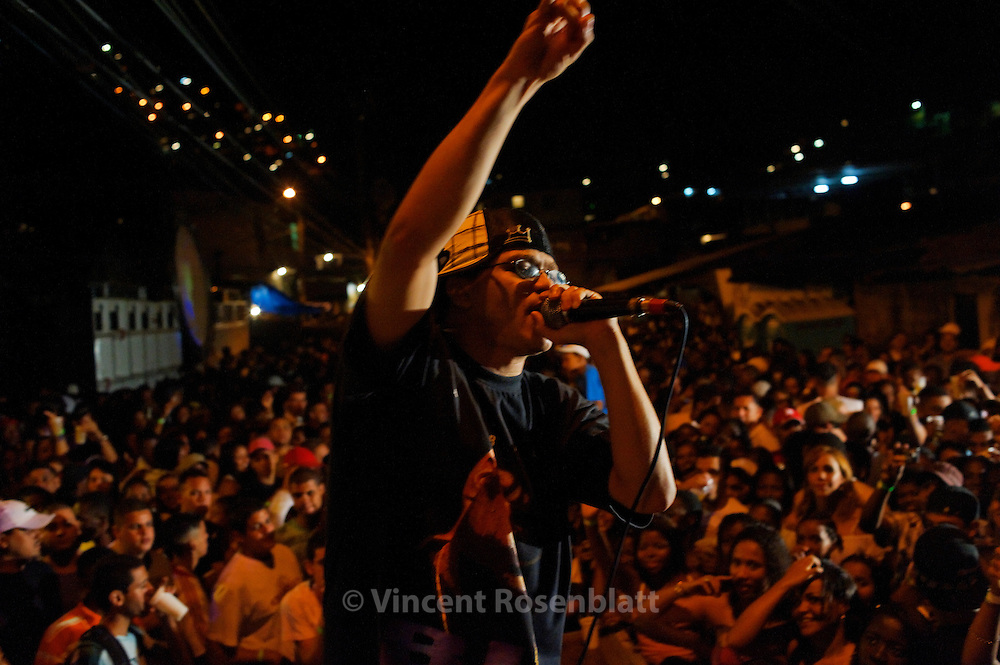 MC Menor do Chapa, one of the most famous funk MC, with the skill to mesmerize the crowd, with warrior like lyrics and a powerfull voice. Native from the favela of Turano.