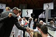 DESCRIZIONE : Bologna Lega A 2015-16 Obiettivo Lavoro Virtus Bologna Pasta Reggia Juve Caserta<br /> GIOCATORE : Sandro Dell'Agnello<br /> CATEGORIA : Allenatore Coach Time Out Mani<br /> SQUADRA :Pasta Reggia Juve Caserta<br /> EVENTO : Lega A 2015-16 Obiettivo Lavoro Virtus Bologna Pasta Reggia Juve Caserta<br /> GARA : Obiettivo Lavoro Virtus Bologna Pasta Reggia Juve Caserta<br /> DATA : 01/11/2015<br /> SPORT : Pallacanestro<br /> AUTORE : Agenzia Ciamillo-Castoria/GiulioCiamillo<br /> Galleria : Lega Basket A 2015-2016<br /> Fotonotizia : Lega A 2015-16 Obiettivo Lavoro Virtus Bologna Pasta Reggia Juve Caserta<br /> Predefinita :