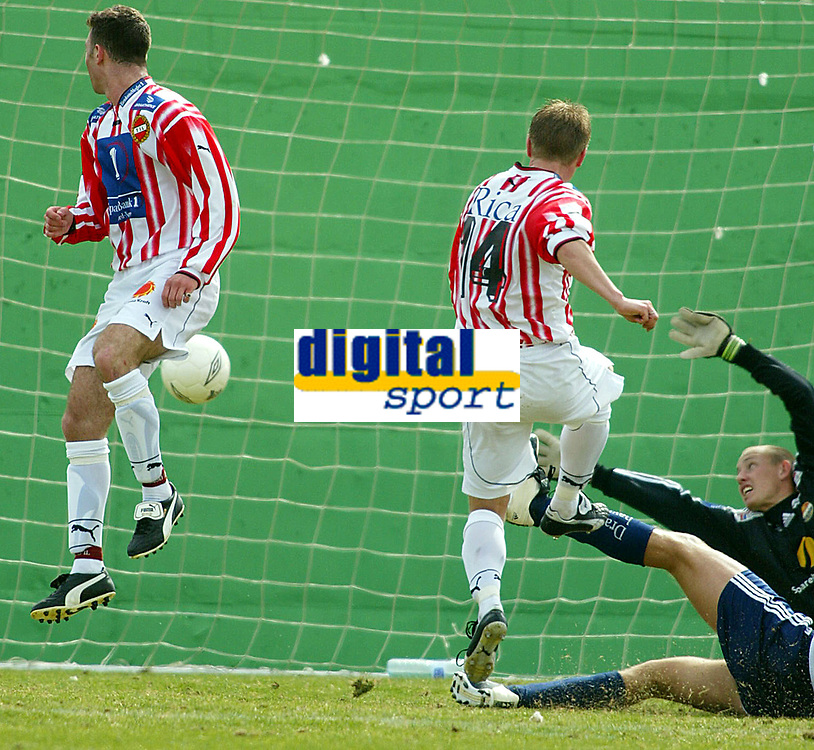 Fotball - Treningsleir La Manga 11. mars 2002. Str&oslash;msgodset - Troms&oslash;. Thomas Solvoll.<br /><br />Foto: Andreas Fadum, Digitalsport