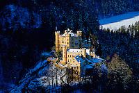 Allemagne, Bavière, Schwangau, château d'Hohenschwangau fut la propriété du roi Maximilien II de Bavière en 1832, cette demeure fut la résidence d'été de la famille royale, Louis II de Bavière y passa une partie de son enfance //Germany, Bavaria (Bayern), Scwangau, Hohenschwangau castle