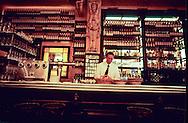New York.  Balthazar ; a new trendy brasserie in Soho  New York  Usa /   Balthazar ; brasserie à la mode, reconstituee à l'ancienne en 1997. 80 spring street- Soho  New York  Usa