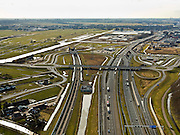 Nederland, Zuid-Holland, Gemeente Leiderdorp, 20-02-2012; Zicht op de Bospolder met ingang boortunnel onder het Groene Hart van de hogesnelheidslijn (HSL-Zuid). Links het water van de Does, rechts autosnelweg A4. Het Groene Hart met Zoeterwoude op het tweede plan, Zoetermeer aan de horizon..View of the Bospolder with entrance to the drilled tunnel of the High Speed ​​Line (HSL) of the High Speed ​​Line (HSL) under so-called the Green Heart. A4 motorway (right). The Green Heart with Zoeterwoude on the secondary level, Zoetermeer on the horizon..luchtfoto (toeslag), aerial photo (additional fee required).copyright foto/photo Siebe Swart