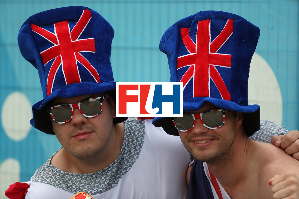 RIO DE JANEIRO, BRAZIL - AUGUST 15:  Fans of Great Britain pose together before the quarter final hockey game against Spain on Day 10 of the Rio 2016 Olympic Games at the Olympic Hockey Centre on August 15, 2016 in Rio de Janeiro, Brazil.  (Photo by Christian Petersen/Getty Images)