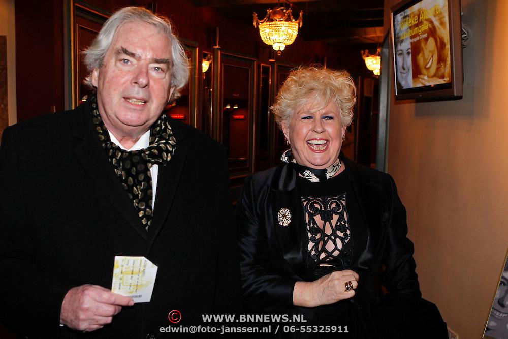 NLD/Amsterdam/20100223 - Jubileumconcert Willeke Alberti, Joop van Zijl en partner Joke Koreman