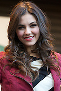 022412 victoria justice cd signing