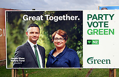 Auckland-Party billboards stay unchanged after leader changes