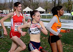 08-12-2013 ATHLETICS: SPAR EC CROSS COUNTRY: BELGRADE<br /> Sifan Hassan heeft vandaag haar favorietenrol waargemaakt. De atlete, die pas enkele weken geleden haar Nederlandse paspoort kreeg, won vandaag het EK Cross onder 23 jaar. Links Amela Terzic SRB en Charlotte Purdue GBR<br /> ©2013-WWW.FOTOHOOGENDOORN.NL