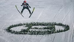 06.01.2020, Paul Außerleitner Schanze, Bischofshofen, AUT, FIS Weltcup Skisprung, Vierschanzentournee, Bischofshofen, Finale, im Bild Naoki Nakamura (JPN) // Naoki Nakamura of Japan during the final for the Four Hills Tournament of FIS Ski Jumping World Cup at the Paul Außerleitner Schanze in Bischofshofen, Austria on 2020/01/06. EXPA Pictures © 2020, PhotoCredit: EXPA/ Dominik Angerer