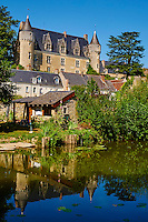 France, Indre-et-Loire (37), Montrésor, classé Les Plus Beaux Villages de France, le chateau et les maisons le long de l'Indrois // France, Indre-et-Loire (37), Montrésor,  classified Les Plus Beaux Villages de France or the Most beautiful villages of France, the castle and the village on the Indrois river bank