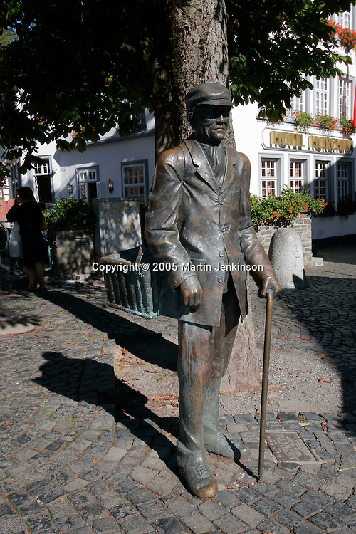 Bronze statue of man delivering groceries in Monschau ..., Travel, lifestyle