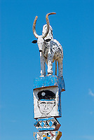 Madagascar. Tombe Mahafaly dans la region de Tulear. // Madagascar. Mahafaly tomb around Tulear.