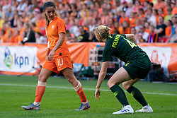 01-06-2019 NED: Netherlands - Australia, Eindhoven<br /> <br /> Friendly match in Philips stadion Eindhoven. Netherlands win 3-0 / Danielle van de Donk #10 of The Netherlands, Clare Polingshore #4 of Australia