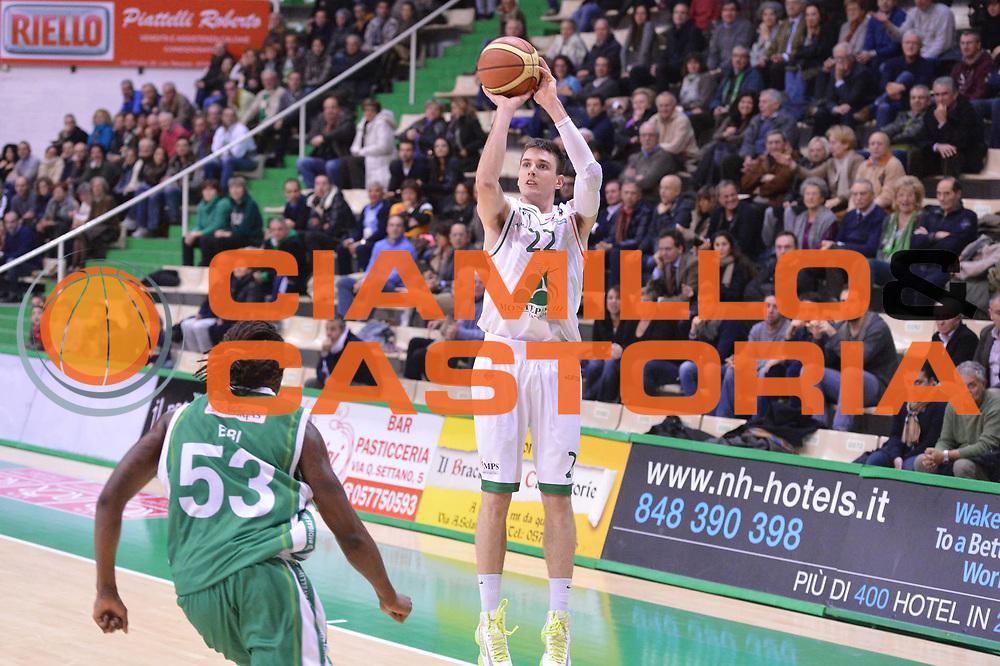 DESCRIZIONE : Siena Lega A 2012-13 Montepaschi Siena Sidigas Avellino<br /> GIOCATORE : Matt Janning<br /> CATEGORIA : three points<br /> SQUADRA : Montepaschi Siena<br /> EVENTO : Campionato Lega A 2012-2013 <br /> GARA :  Montepaschi Siena Sidigas Avellino<br /> DATA : 03/12/2012<br /> SPORT : Pallacanestro <br /> AUTORE : Agenzia Ciamillo-Castoria/GiulioCiamillo<br /> Galleria : Lega Basket A 2012-2013  <br /> Fotonotizia : Siena Lega A 2012-13 Montepaschi Siena Sidigas Avellino<br /> Predefinita :