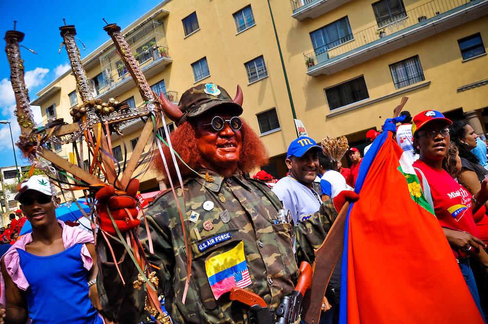 23 JANUARY IN VENEZUELA / MARCHAS DEL 23 DE ENERO<br /> Photography by Aaron Sosa<br /> Caracas - Venezuela 2010<br /> (Copyright &copy; Aaron Sosa)
