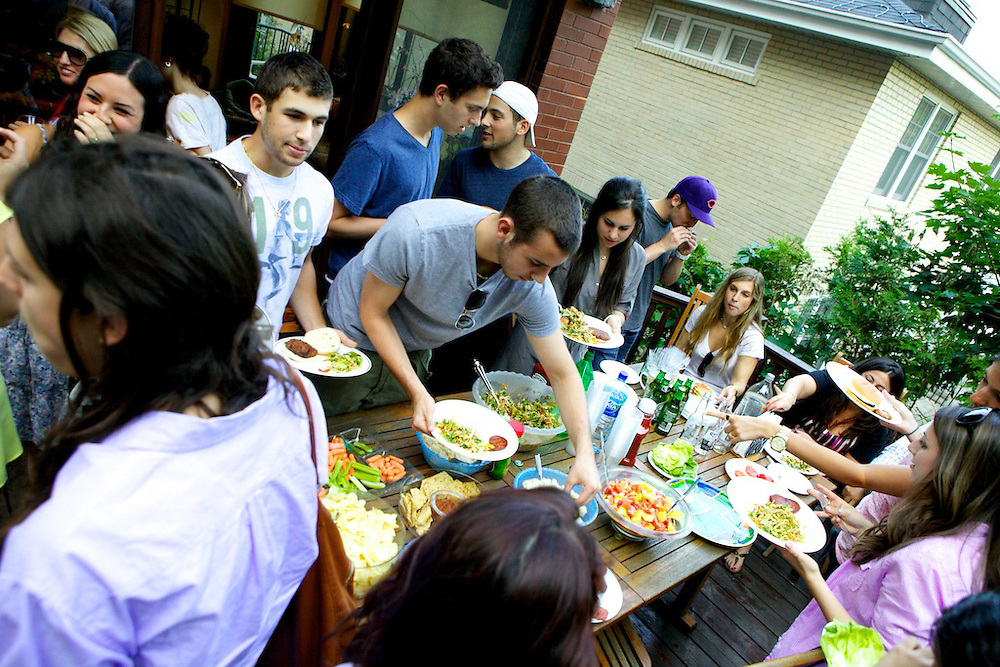 The CJA celebrates the end of the season with a barbecue honoring the volunteers that helped throughout the 2009-2010 campaigns.