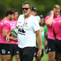 DURBAN, SOUTH AFRICA - APRIL 30:  Robert du Preez (Head Coach) of the Cell C Sharks during the Cell C Sharks training session at Jonsson Kings Park on April 30, 2018 in Durban, South Africa. (Photo by Steve Haag/Gallo Images)