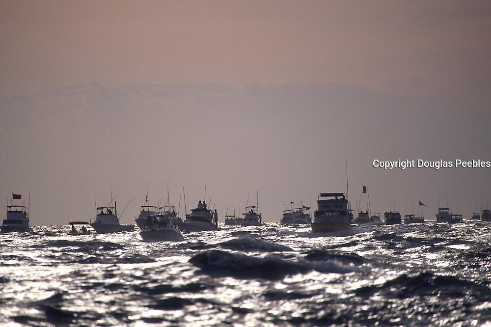 Molokai Hoe Canoe Race start<br />