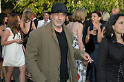 RON ARAD, The Summer Party in association with Swarovski. Co-Chairs: Zaha Hadid and Dennis Hopper, Serpentine Gallery. London. 11 July 2007. <br />