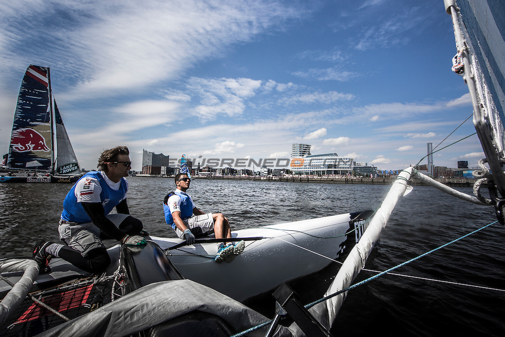 2015 Extreme Sailing Series - Act 5 - Hamburg.<br /> Gazprom Team Russia skippered by Phil Robertson (NZL) and crewed by Igor Lisovenko (RUS), Garth Ellingham (NZL), Alexander Bozhko (RUS) and Aleksey Kulakov (RUS).<br /> Credit Jesus Renado.
