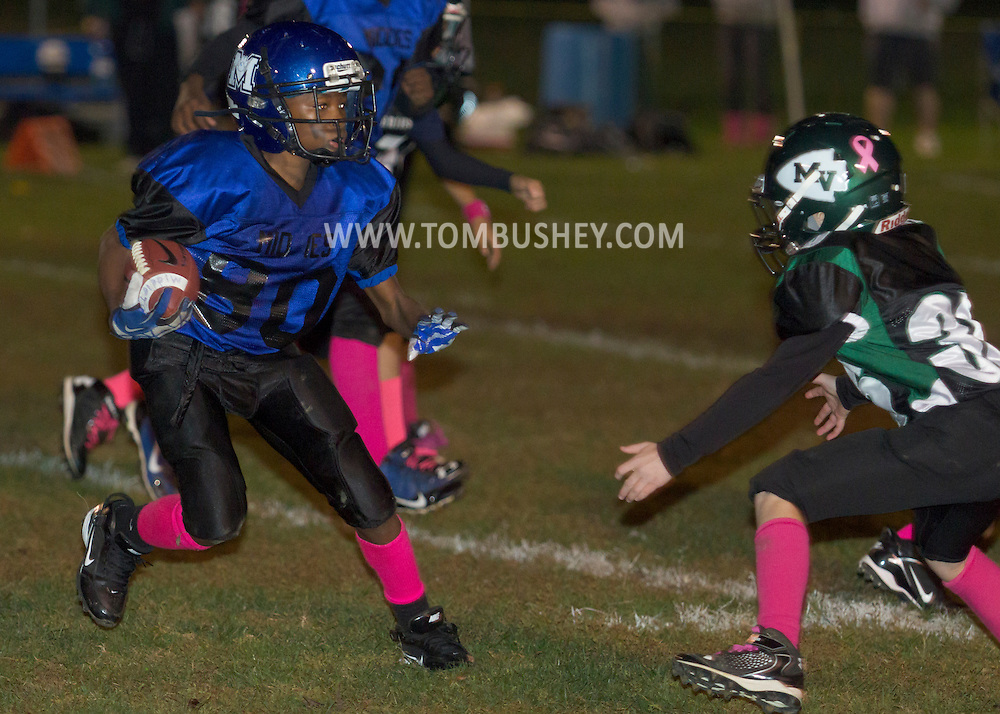 Middletown, New York  - Minisink Valley played Middletown in an Orange County Youth Football League Division 2  game at Watts Park on Oct. 18, 2014.