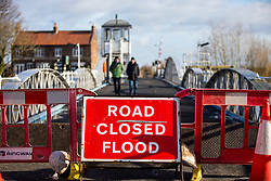 © Licensed to London News Pictures. 12/02/2020. Cawood UK. The River Ouse in Cawood, Yorkshire has broken its banks after recent heavy rainfall with fears of further flooding this weekend. Photo credit: Andrew McCaren/LNP
